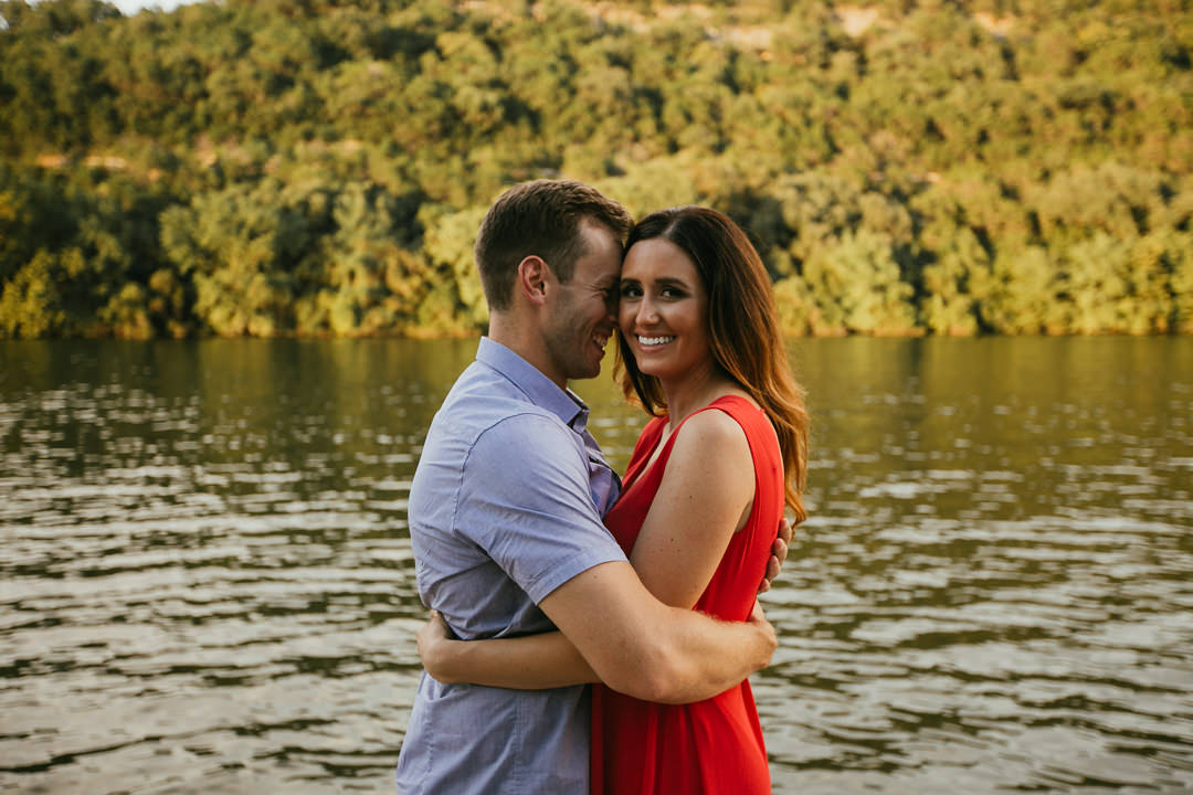 rob-august-photography-lake-austin-engagement-wedding-photographer-boat-pier-0005