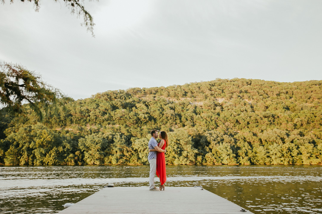 rob-august-photography-lake-austin-engagement-wedding-photographer-boat-pier-0006