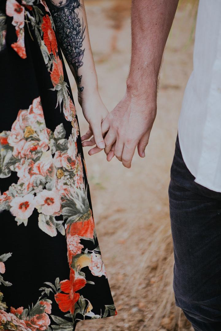 rob-august-photography-engagement-austin-wedding-aubrey-patrick-treaty-oak-distillery-0003