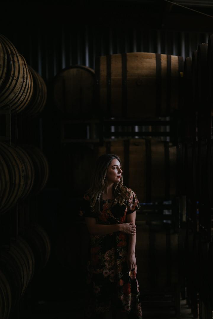 rob-august-photography-engagement-austin-wedding-aubrey-patrick-treaty-oak-distillery-0014